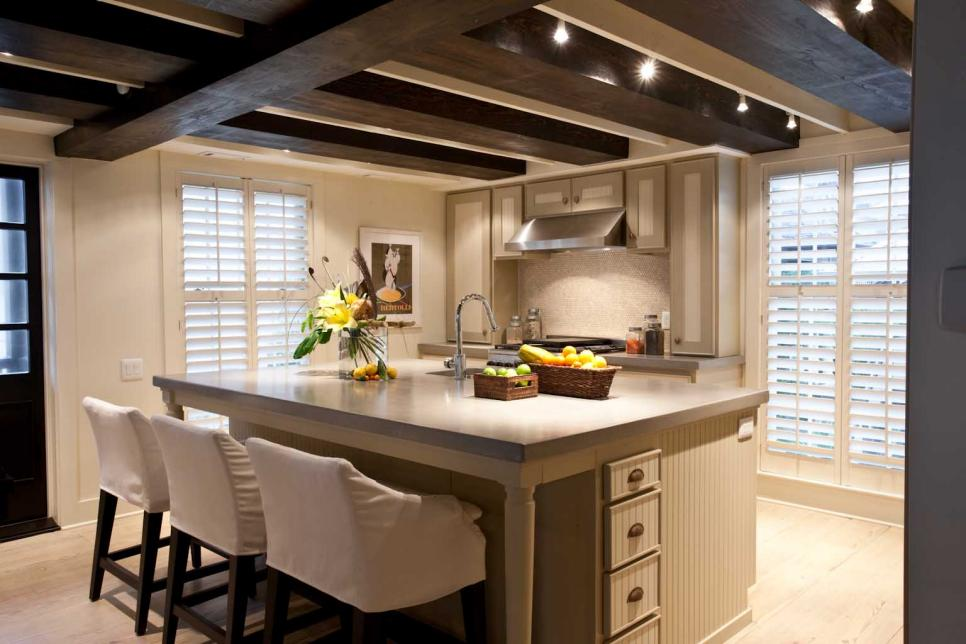 Musso-Design-Group_Rosemary-Beach-House_Kitchen.jpg.rend.hgtvcom.966.644