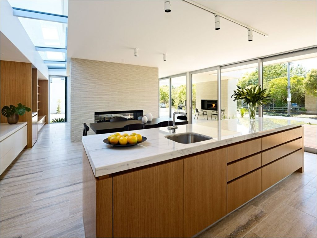 california-house-kitchen-design-with-minimalist-kitchen-island-and-black-dining-table-plus-track-lighting-over-the-island-kitchen-island-track-lighting